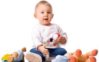 Развитие ребенка на восьмом месяце жизни
