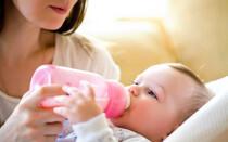 Как правильно менять смесь младенцу-искусственнику?