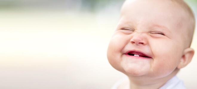 Основные признаки прорезывания зубов у грудных детей