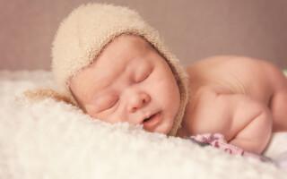 Пушок на теле у новорожденных