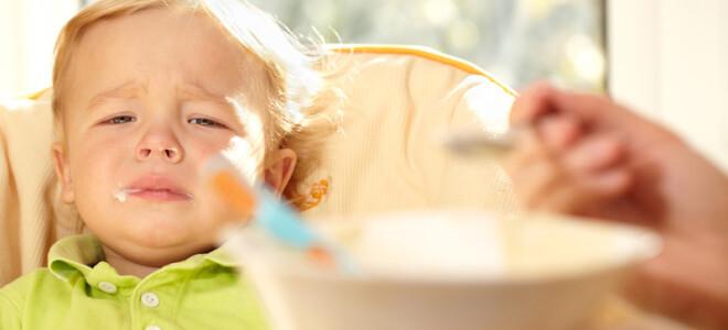 Почему грудничок может отказываться от еды?