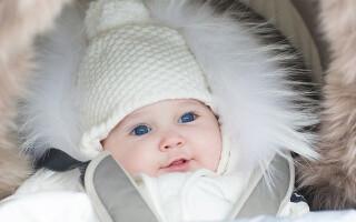Когда можно начинать гулять с новорожденным?