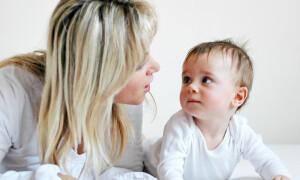 Как научить годовалого ребенка разговаривать?